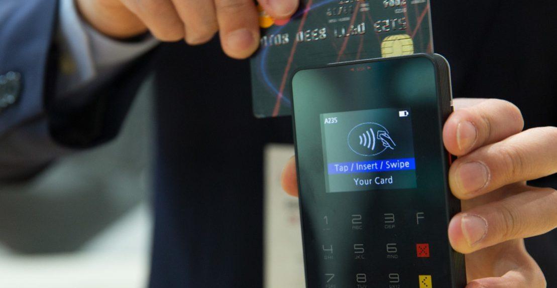 credit-card-1730085_1920-1110×575